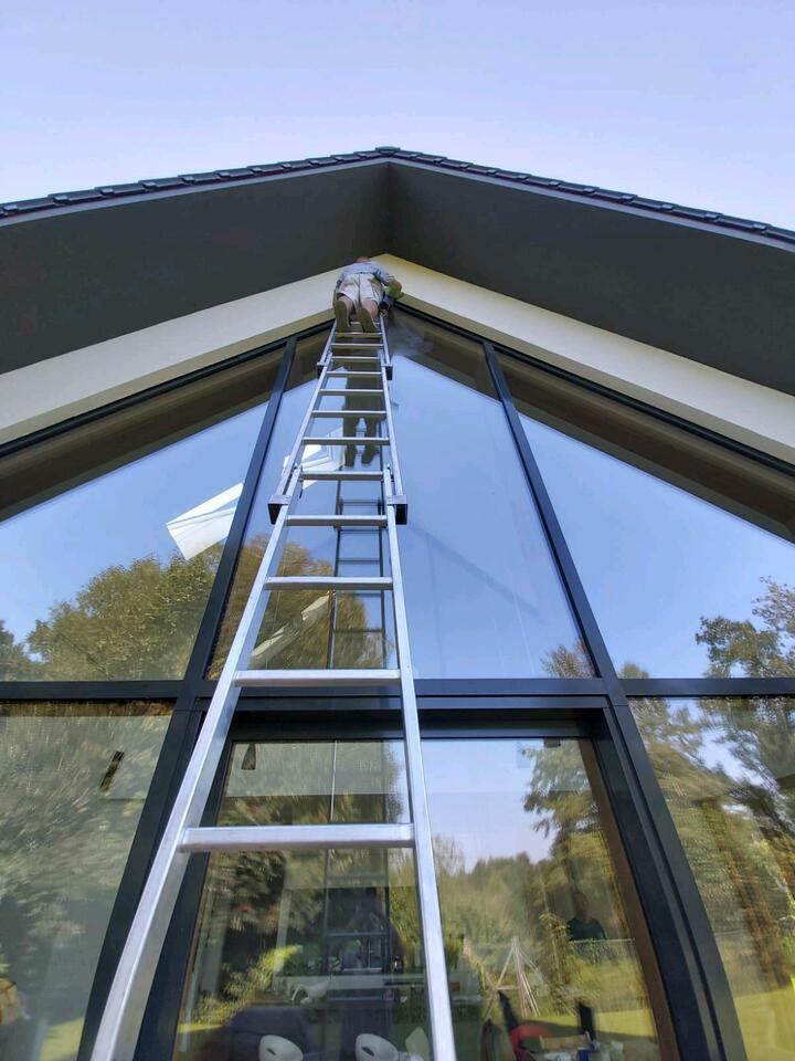 Wir sind Ihre Fensterputzer für private Haushalte. in Berlin