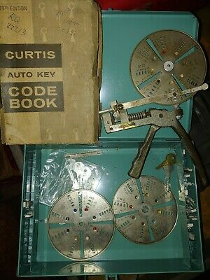 Vintage Curtis 14 Key Cutter W Code Book Carriages Case