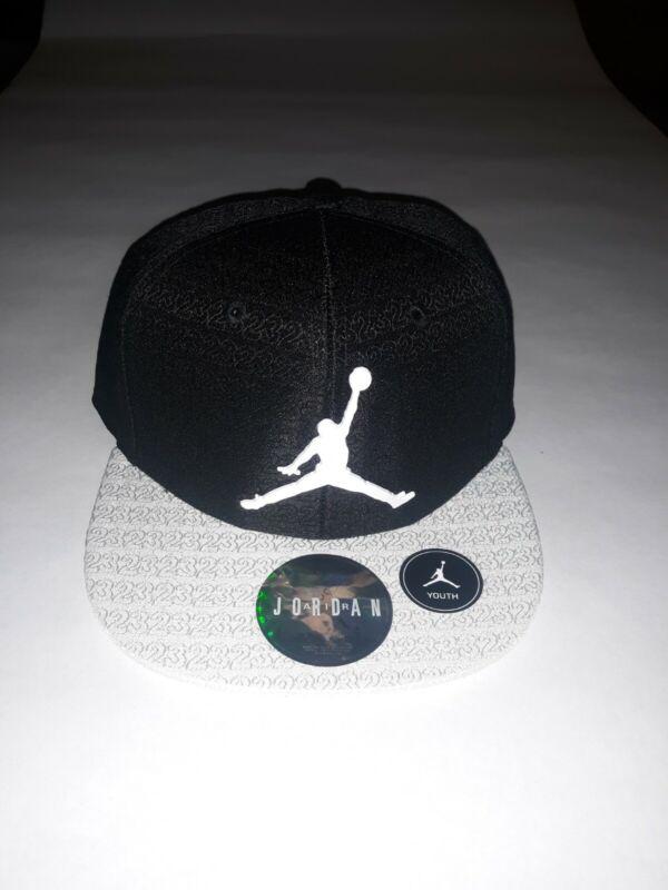 New Nike Air Jordan White  Brim Jumpman Youth Size 8/20 Black Snapback Cap/Hat
