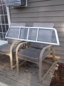Chev sliding rear window