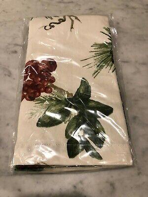 Williams Sonoma Pinecone glitter silver  Christmas set 4 napkin napkins New