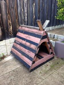 Traditional Nordic Viking Kennel for sale! Salter Point South Perth Area Preview