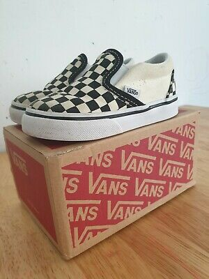 Vans Checkerboard Kids Slip OnTrainers Shoes UK Size 5 With Box