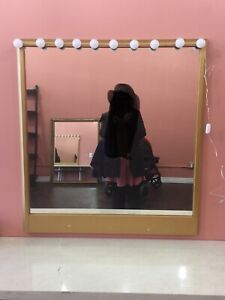 Mirrors and vanity lights for sale