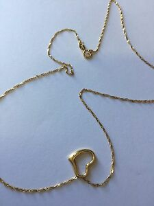 9 carat  gold necklace with heart pendant 375 stamped Morisset Lake Macquarie Area Preview
