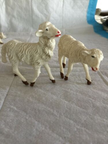 VINTAGE  LOT OF 2  PLASTIC SHEEP MADE IN ITALY DIORAMA NATIVITY