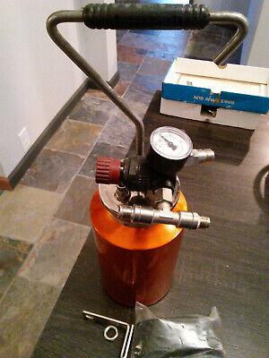 Walcom- 2 Qt Paint Pressure Pot Tank Binks Devilbiss