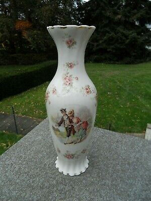 SUPERBE GRAND VASE EN PORCELAINE DECOR ROMANTIQUE TBE