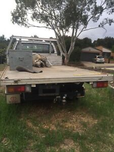 Wrecked 2008 Toyota Hilux Workmate