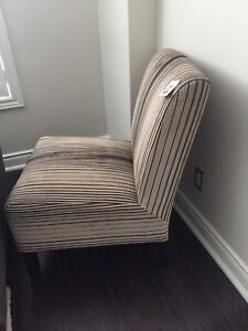 Leon's Accent Chair