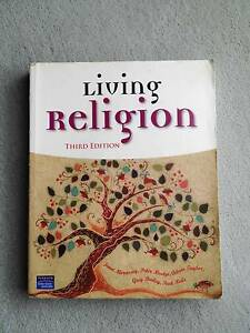 Living Religion Third Edition Pearson Education by Janet Morrisse Kingsford Eastern Suburbs Preview