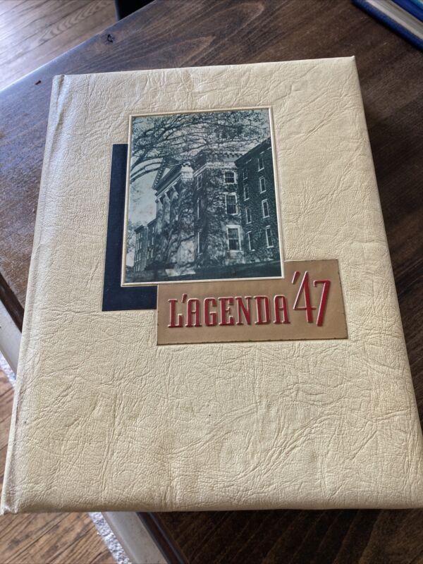 Vtg BUCKNELL UNIVERSITY YEARBOOK  1947 L