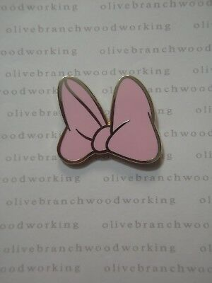 2012 Disney Character DAISY DUCK PINK HAIR BOW /HAT Collectible Mystery Pack Pin (Pink Hair Disney Character)