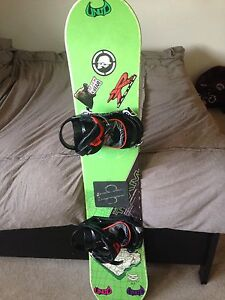 Youth Snowboard with Bindings