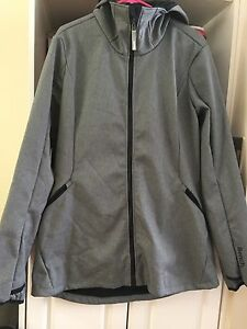 WOMENS BENCH JACKET SIZE XL