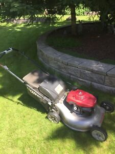 Self Propelled Honda Lawn Mower