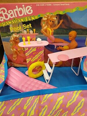 Vintage 1990 Mattel Barbie Hawaiian Fun Pool Set - Near Complete No. 7231 w/ Box