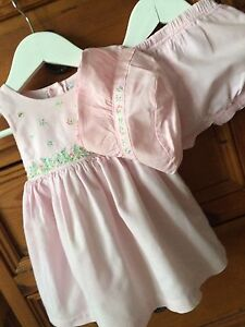 Infant Girl's Dress w/ matching Bloomers & Hat Size 3-6 mths