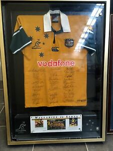 SIGNED WALLABIES COMMEMORATIVE JERSEY - great Christmas Gift North Sydney North Sydney Area Preview