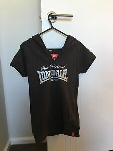Women's size 10 Lonsdale top St Marys Penrith Area Preview