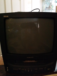 tv television with built in vhs video player Concord Canada Bay Area Preview