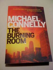 THE BURNING ROOM/LARGE PAPERBACK/MICHAEL CONNELLY/AS NEW South Perth South Perth Area Preview
