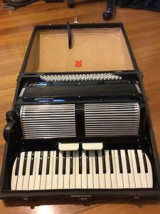 Serenelli Bellini 3 Piano Accordion Camberwell Boroondara Area Preview