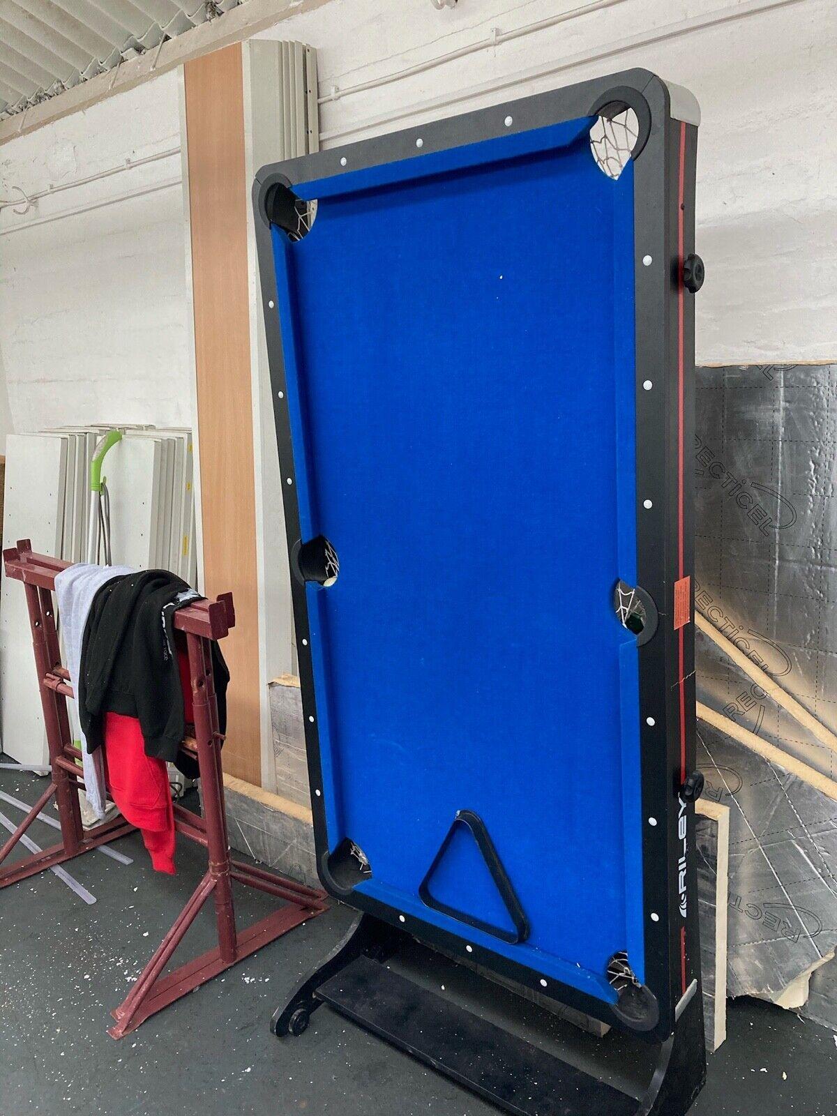 Pool Table VIAVITO 5ft Folding Blue Baize Pt100x Stylish Pool Table - Kids