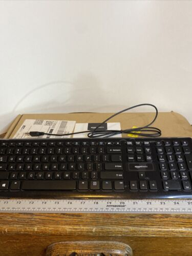 AmazonBasics Computer Keyboard Wired Low-Profile Keys Quiet