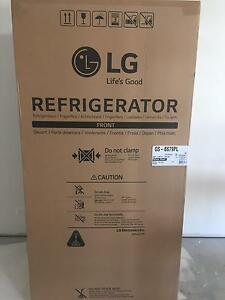 LG 679L Platinum Silver Side by Side Fridge Grays Point Sutherland Area Preview