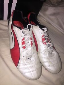 Puma King men's soccer cleats size 10.5