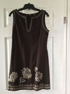 Women's Le Chateau dress