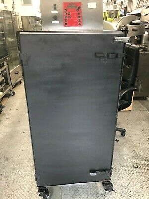 Cookshack Smoker Model Sm260 Electric 260 Lbs Capacity