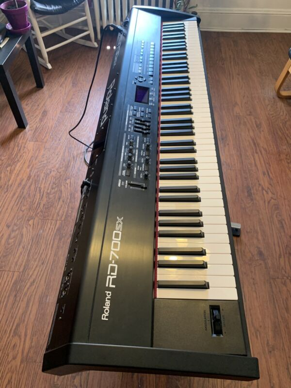 Roland RD-700SX Digital Piano