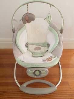 The Bright Stars Ingenuity Automatic Baby Bouncer