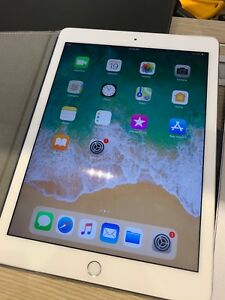 iPad Pro 9.7 128 LTE Silver with Apple Care plus