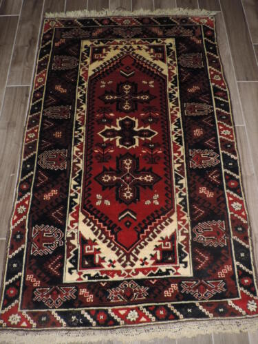 4x6ft. Handknotted Turkish Wool Rug