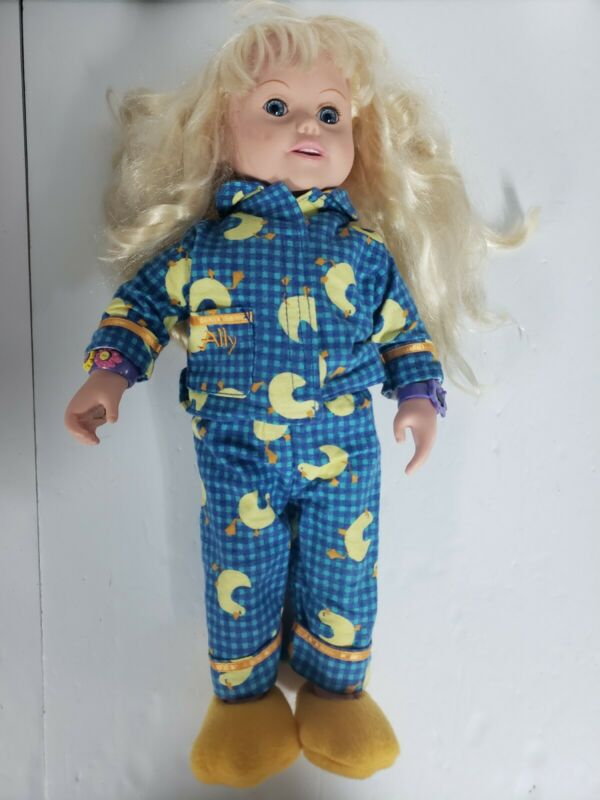Amazing Ally Doll With Tons Of Accessories! Vintage 90s