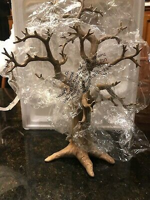 Lenox Halloween Tree Ornaments (LENOX Halloween Trick or Treat Tree Plus 12 Miniature Ornaments set in)