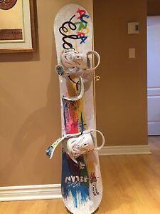 Elan girls snowboard.