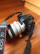 Canon EOS 7D (Body Only) with Grip Delahey Brimbank Area Preview