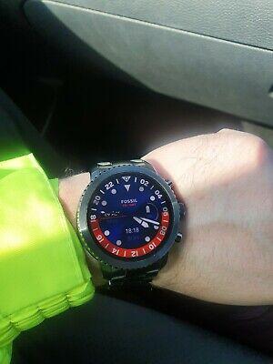 Watch Fossil smartwatch