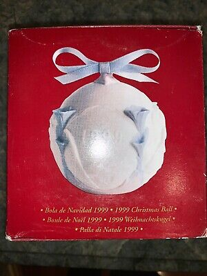 Lladro 1999 Christmas Ball Porcelain New in Box ()