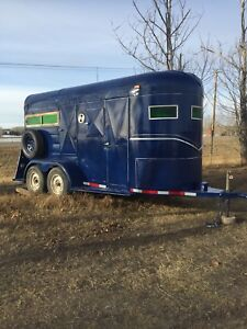 2 HORSE BUMPER PULL FOR SALE