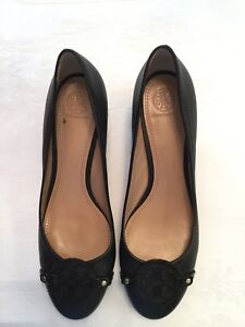 Tory Burch pumps with serial num!