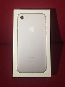 iPhone 7 Silver 32 GB Brand New Unlocked Sydney City Inner Sydney Preview