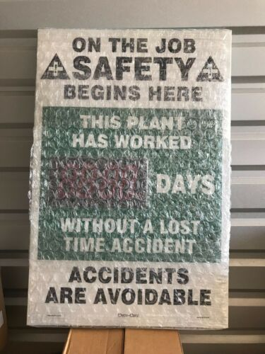 """ONE (1) NEW Safety Record Electronic Sign SCM307 w/ Remote Control 36"""" x 24"""""""