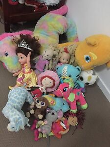 Lot of kids toys Pimpama Gold Coast North Preview