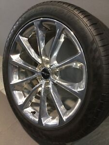 """CHRYSLER 300C SRT8 MY16 20"""" GENUINE ALLOY WHEELS AND TYRES Carramar Fairfield Area Preview"""