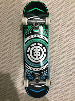 Element Hatched 8 Skateboard